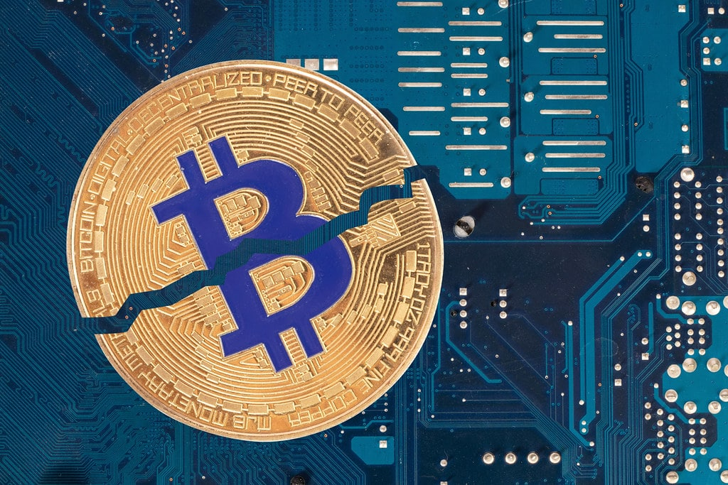 Bitcoin Price Plunged After Coinbase Went Offline, CryptoCoinNewsHub.com