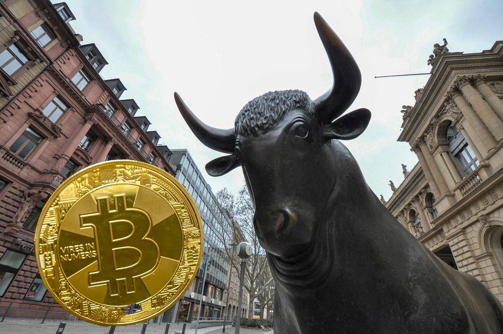 Bitcoin Reaches Latest Highs, Inches Closer to $10,000, CryptoCoinNewsHub.com